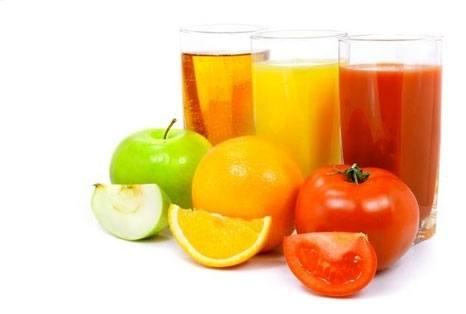 Сок в стаканах