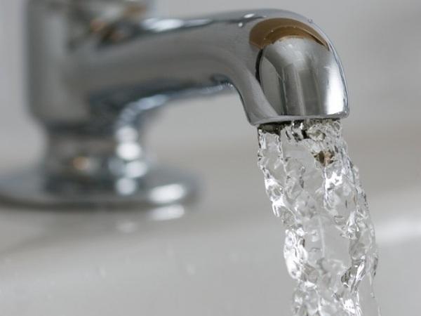 Кран с водой