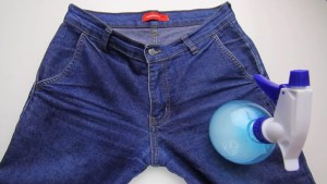 Пульверизатор и джинсы