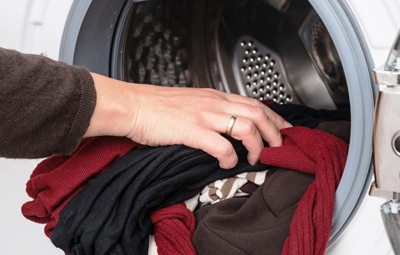 Как правильно стирать шерстяные вещи в стиральной машине