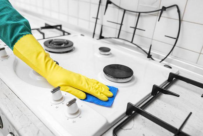 Как почистить поверхность газовой плиты и не поцарапать