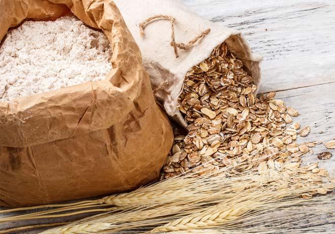 Овсяная мука как средство против жирных пятен