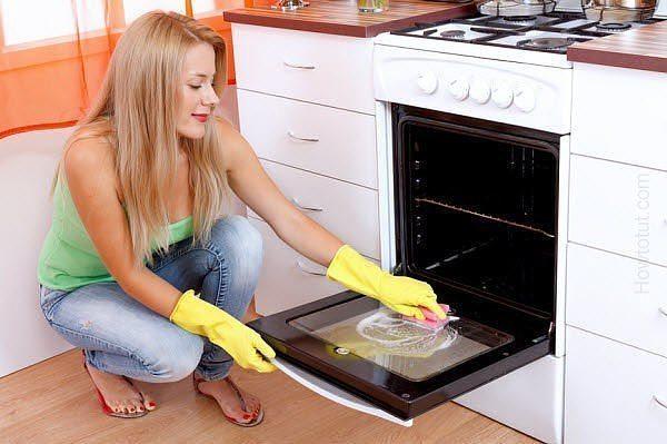 Перекись и сода против жира в духовке