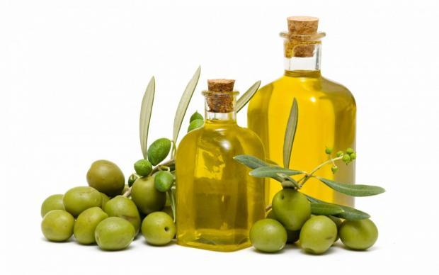 Оливковое масло для очистки варочной поверхности