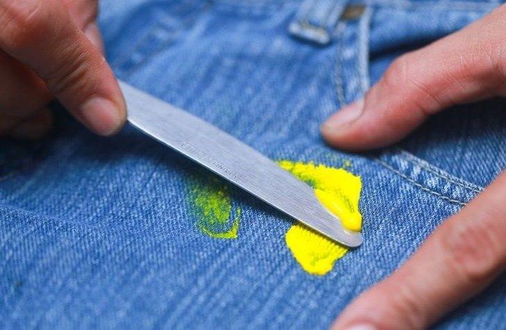 Устранение пластилина и пятен с одежды