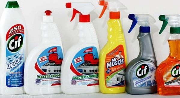 Использование химических средств в очистке посуды