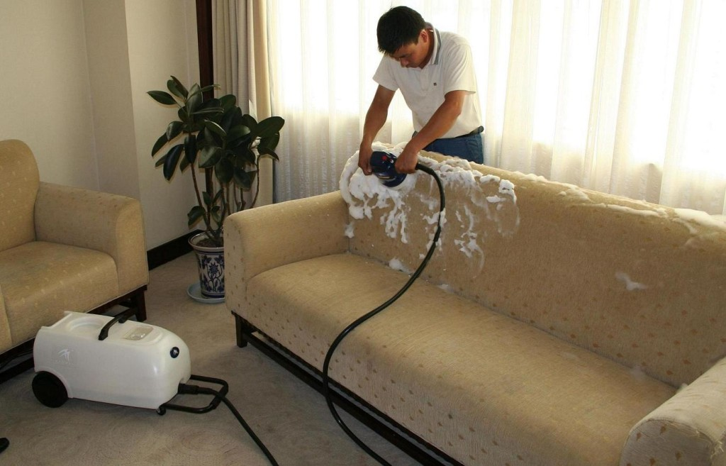 Чистка дивана