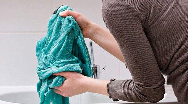 Как правильно стирать шерстяную одежду и не повредить