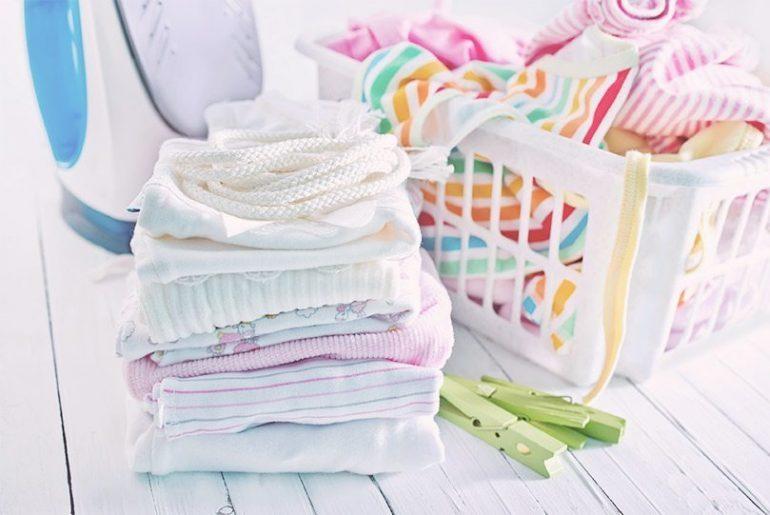 Особенности стирки детских вещей для новорожденнызх