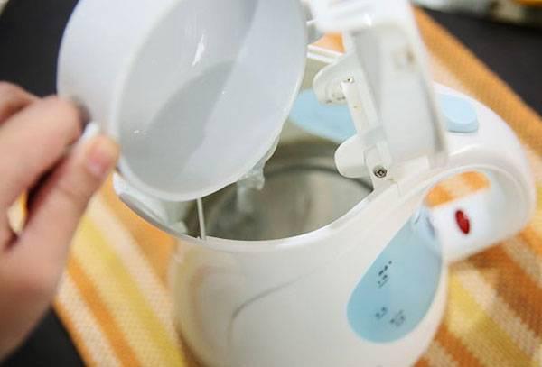 Стоит ли мыть чайник перед началом эксплуатации