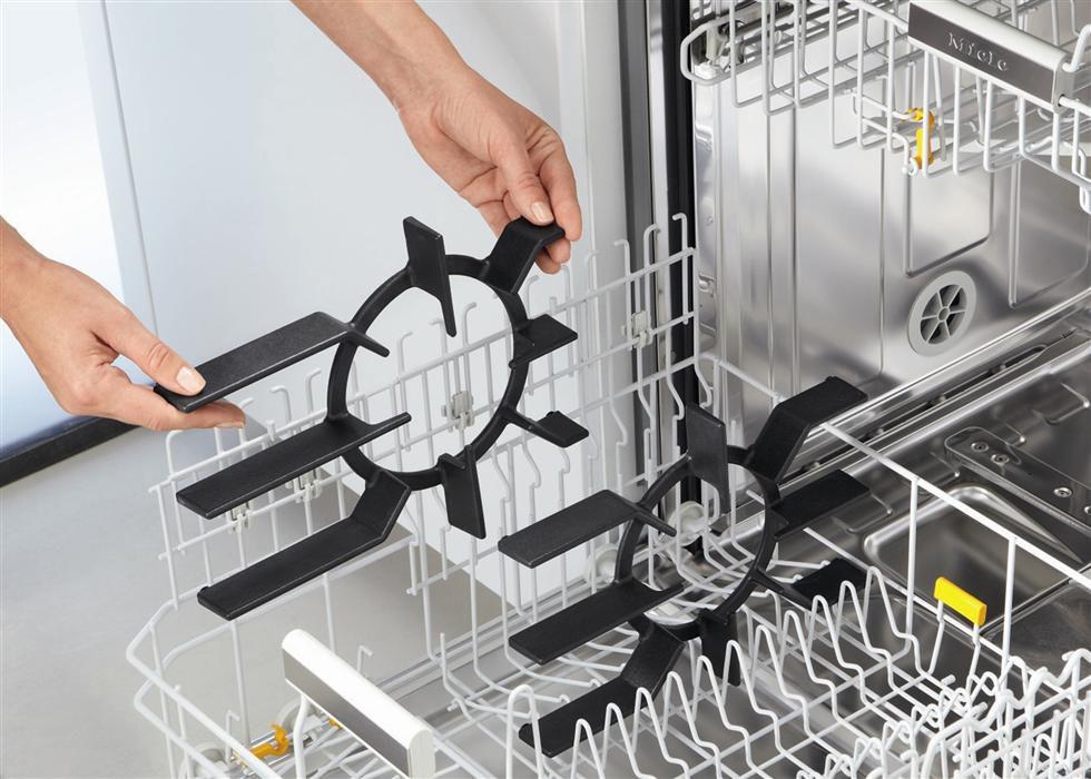 Очистка решетки в посудомоечной машине
