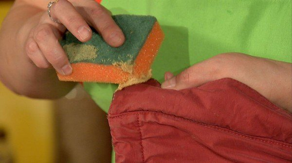 Горчичный порошок – отличный способ против жирных пятен