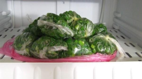Замороженый зеленый лук